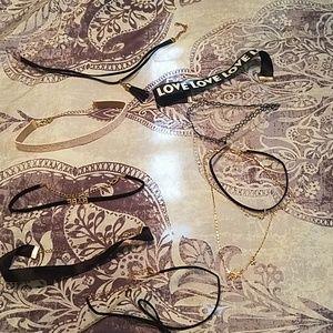 Accessories - Choker set